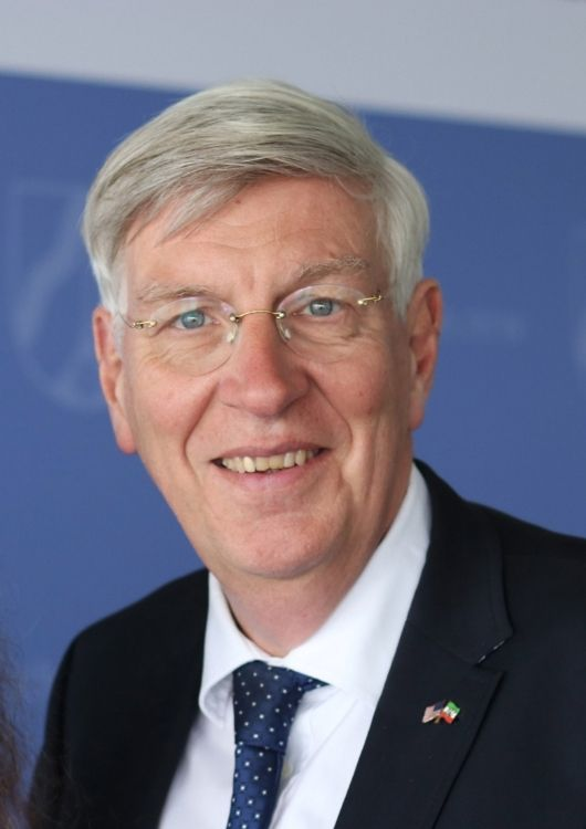 Dr. Ingo Wolf